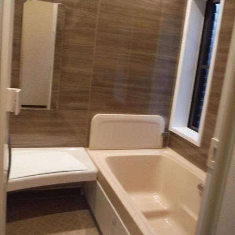 タイル張りの浴室をユニットバスに交換 After