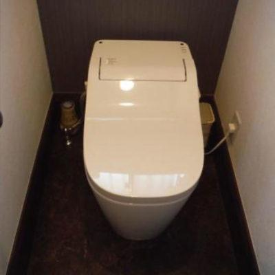 店舗内のトイレの交換
